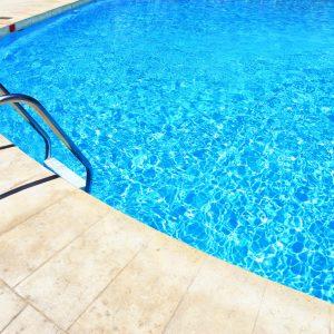 Crack of concrete pool